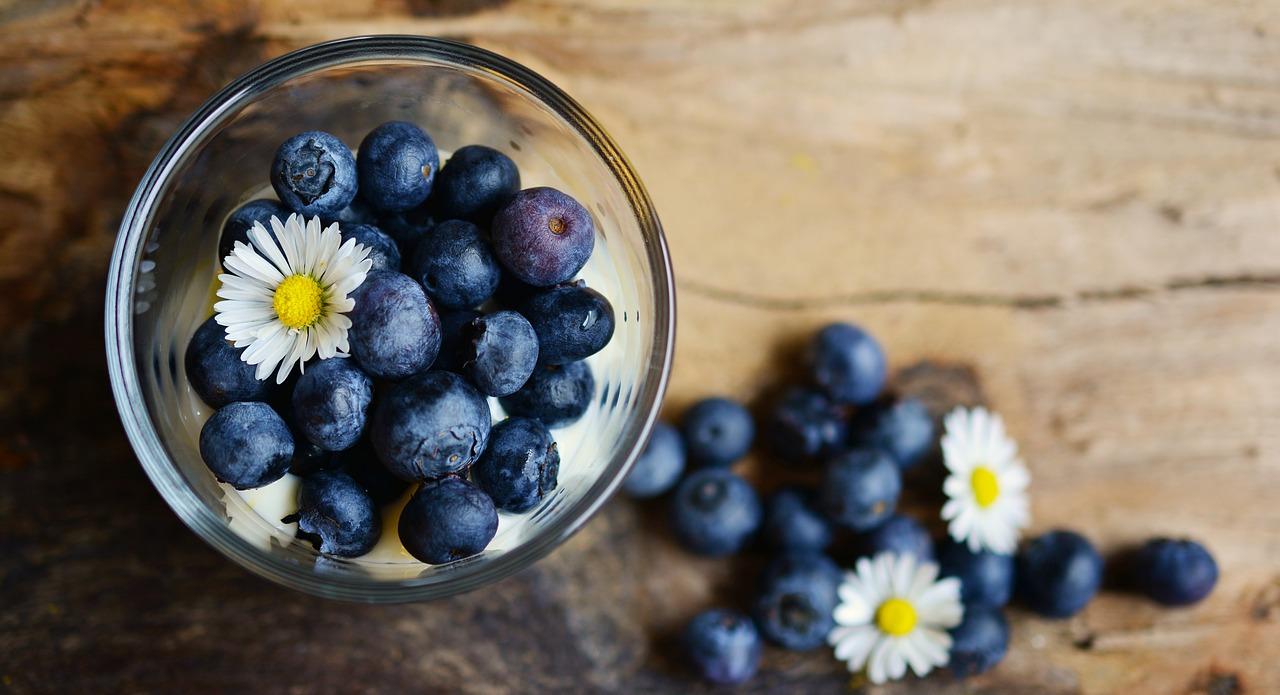 Чорниця, смородина та інші «сині» ягоди